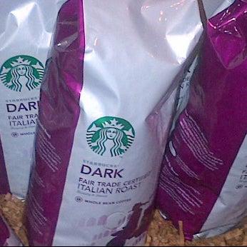 Photo taken at Starbucks by Walter C. on 2/8/2012