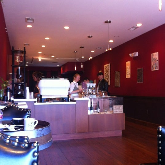 Photo taken at Stanza Coffee Bar by George P. on 7/6/2012