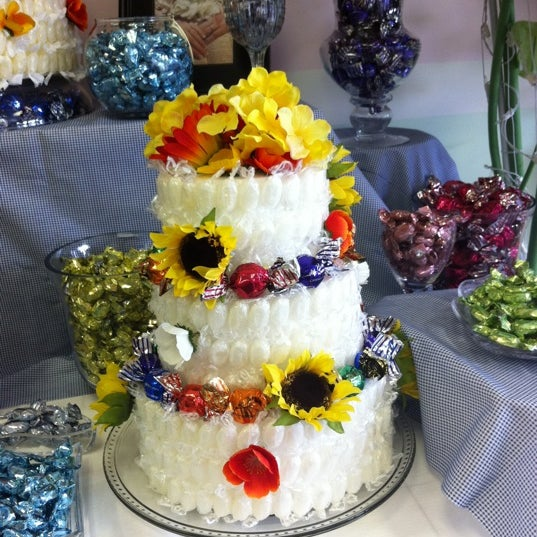 Photo taken at Sugar Shack Candy Bouquet by Melanie B. on 7/20/2011