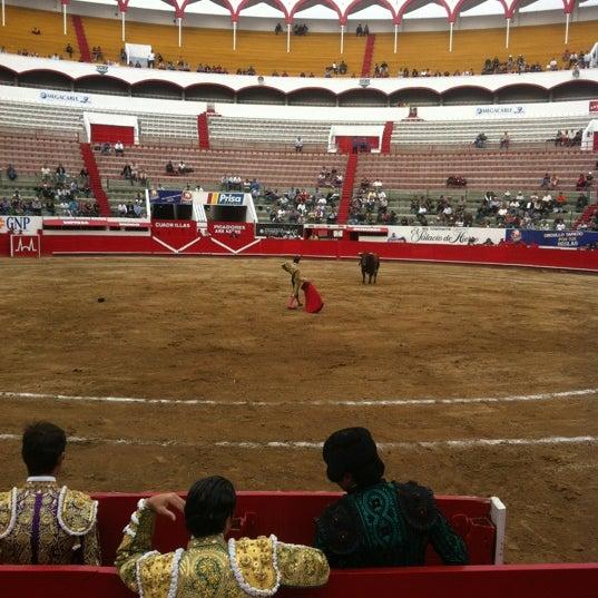 Foto tomada en Plaza de Toros Nuevo Progreso por Toño S. el 2/19/2012