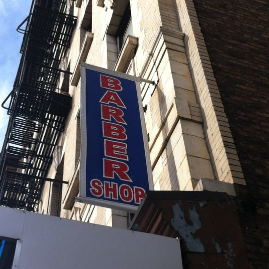 Photo taken at Manhattan Barber Shop by Max B. on 2/21/2012