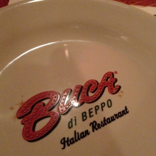 Photo taken at Buca di Beppo by Mansor A. on 7/4/2012