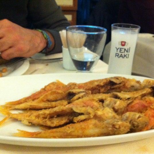 10/28/2011 tarihinde Emine S.ziyaretçi tarafından Cunda Deniz Restaurant'de çekilen fotoğraf