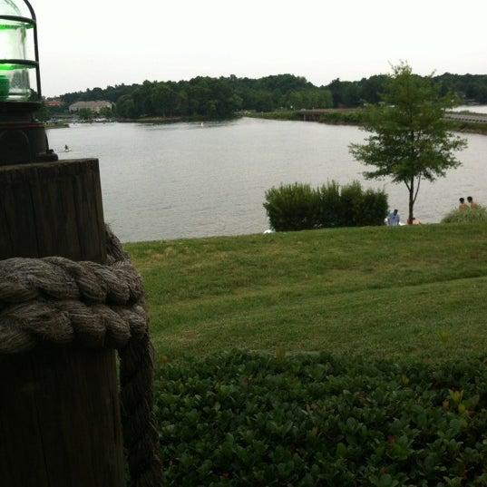 Photo taken at Eddies on Lake Norman by Dr. Lisa on 6/9/2012