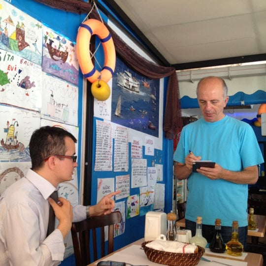 6/21/2012 tarihinde Hakan T.ziyaretçi tarafından Sita Balık Balmumcu'de çekilen fotoğraf