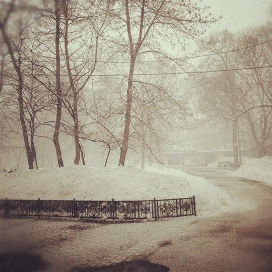 Снимок сделан в Щемиловский детский парк пользователем Petya V. 3/23/2012