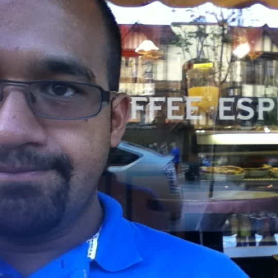 Photo taken at The Remarkable Bean by Gilberto V. on 5/4/2012