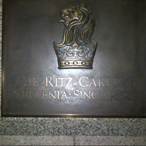 Photo taken at The Ritz-Carlton Millenia Singapore by Isaac S. on 8/26/2012