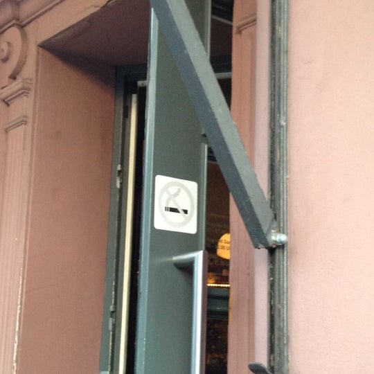 Das Foto wurde bei Café Maingold von Prinz Hessin L. am 6/26/2012 aufgenommen