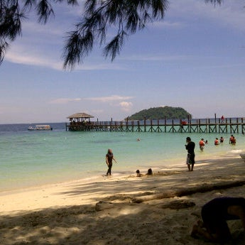 Photo taken at Manukan Island Jetty by Hakim M. on 7/3/2012