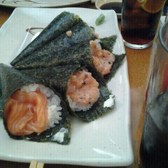 Foto tirada no(a) Sushi Koba por Derec D. em 12/12/2011