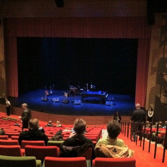 Ames center theater in burnsville for Burnsville theater