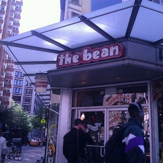 Photo taken at The Bean by Melissa L. on 10/7/2011
