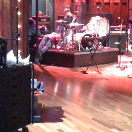 Foto tirada no(a) Late Night with Jimmy Fallon por Sam O. em 4/11/2012