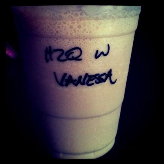 Foto diambil di Kaffe Bona oleh Ling pada 8/30/2011