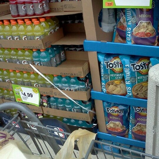 Photo taken at Stop & Shop by Jacqueline C. on 5/23/2012