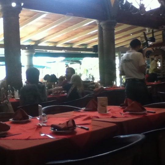 Foto tomada en El Patio por Jack B. el 7/8/2012