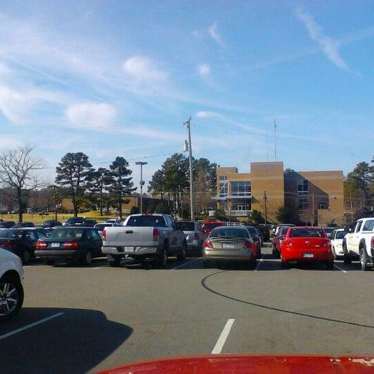 Снимок сделан в Pulaski Technical College пользователем Jeremiah M. 2/27/2012