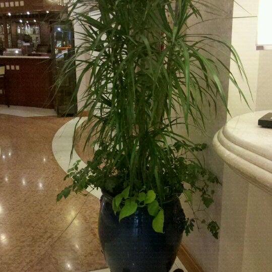 Foto tomada en InterTower Hotel por Pepe E. el 10/1/2011