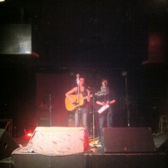 รูปภาพถ่ายที่ Woodruff's โดย Mike S. เมื่อ 3/12/2011
