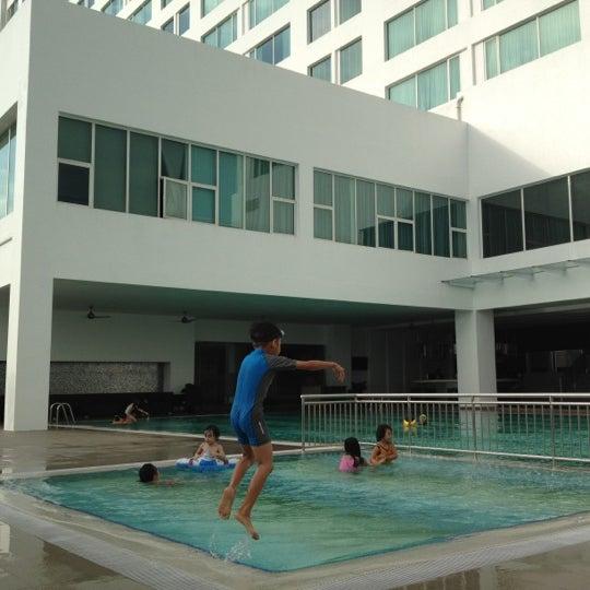 Photo taken at Pullman Kuching by A'no I. on 6/9/2012