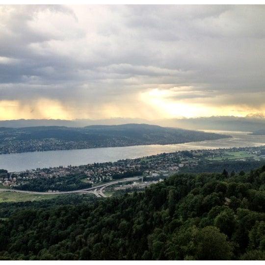 Снимок сделан в Uetliberg пользователем Mar K. 6/7/2012