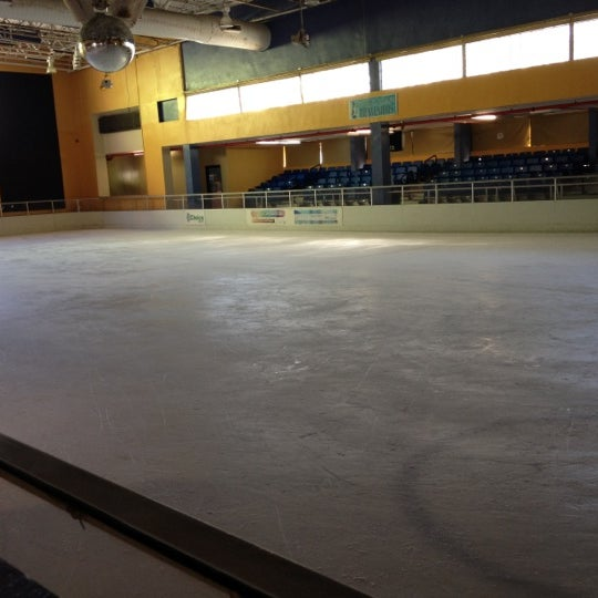 Photo taken at Aguadilla Ice Skating Arena by Yashira P. on 2/20/2012