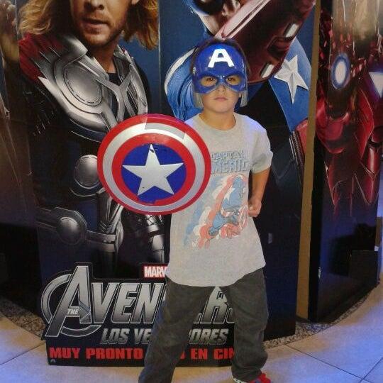 Foto tomada en Cine Hoyts por Ivan E. el 4/27/2012
