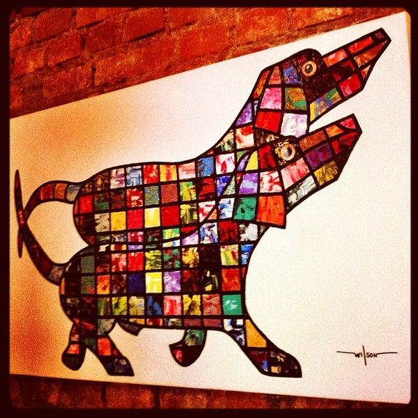 Foto tirada no(a) Zeffiro Restaurante por Hale B. em 10/16/2011