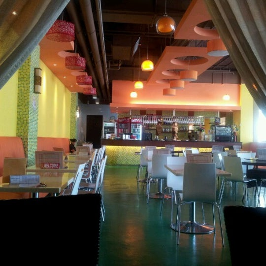 Photo taken at Alcove. Asian Restaurant. Bar by iammay on 7/1/2012