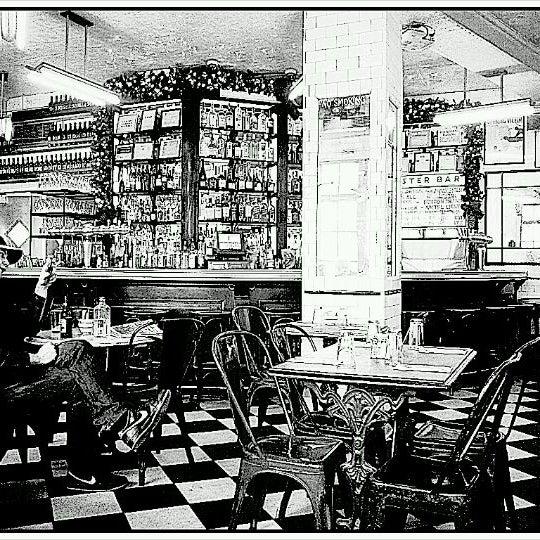 Photo taken at Schiller's Liquor Bar by Vladio d. on 12/21/2011