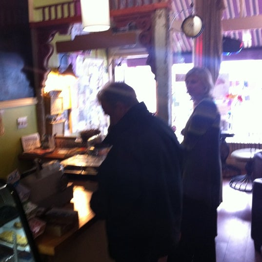 Photo taken at Human Bean - Cobourg's Coffee House by Dave C. on 9/17/2011