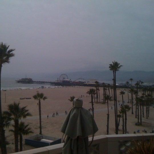 รูปภาพถ่ายที่ Casa Del Mar Hotel โดย Cheree P. เมื่อ 6/11/2011