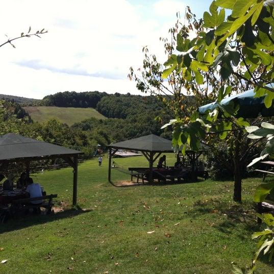 9/1/2012 tarihinde Baha S.ziyaretçi tarafından Yeji Dohoda Restaurant'de çekilen fotoğraf