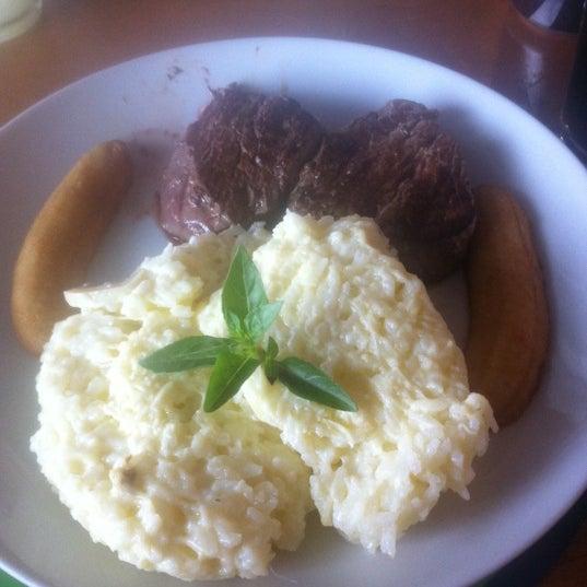 Melhor restaurante do Rio! Dica filé Nativo , muito bom é de lamber os dedos! ;) outras dicas : gamberi e picadinho carioca!