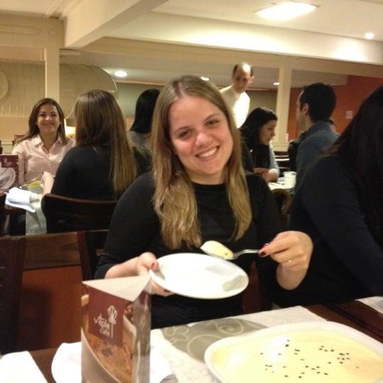 Foto tirada no(a) Paulinho's Grill por Chaiene P. em 1/27/2012