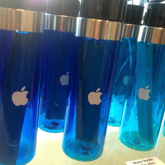 Photo taken at Apple Inc. by Matt S. on 2/22/2012
