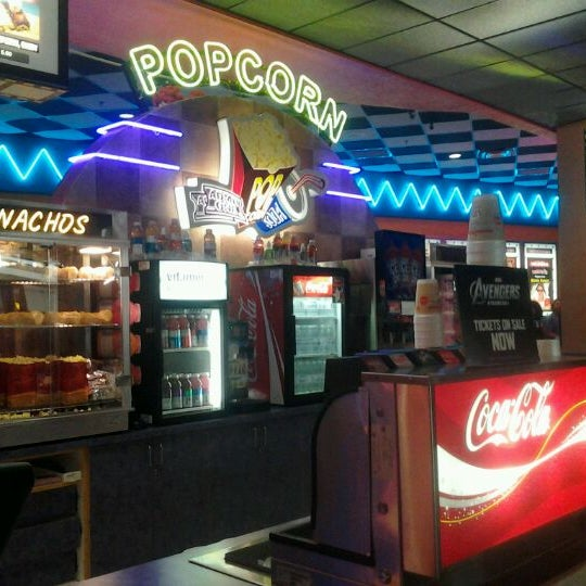 Premiere Cinema 14 At Fashion Square Mall Orlando Fl 32803