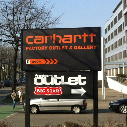 carhartt factory outlet gallery magasin de v tements. Black Bedroom Furniture Sets. Home Design Ideas
