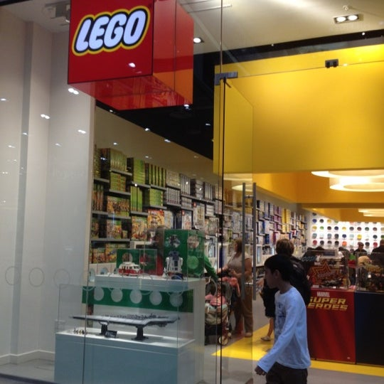 Photos at The LEGO Store - Stratford and New Town - Westfield ...