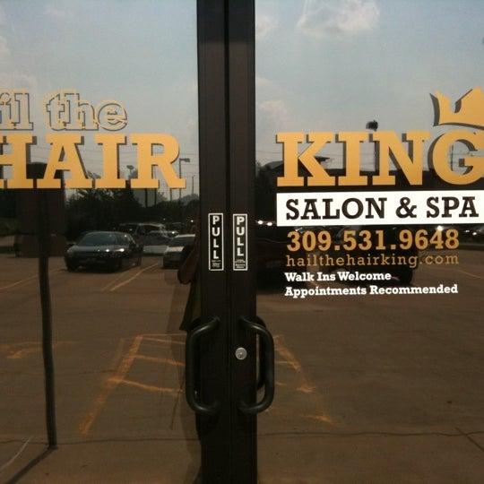 Photo taken at Hail The Hair King Salon & Spa by Travis M. on 6/18/2011