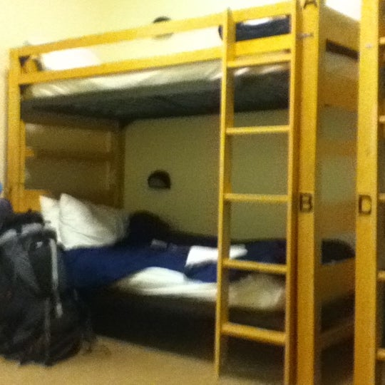 Photo taken at Hostelling International Chicago by Gonzalo F. on 11/19/2011