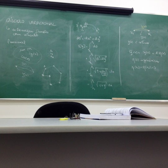 Photo taken at Escola de Engenharia - UFF by Jonei R. on 4/3/2012