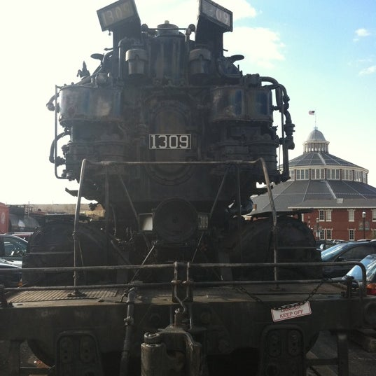 Photo taken at B & O Railroad Museum by Montaign G. on 12/26/2011
