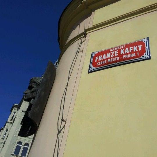 4/28/2012 tarihinde Roberto M.ziyaretçi tarafından Franz Kafka Museum'de çekilen fotoğraf