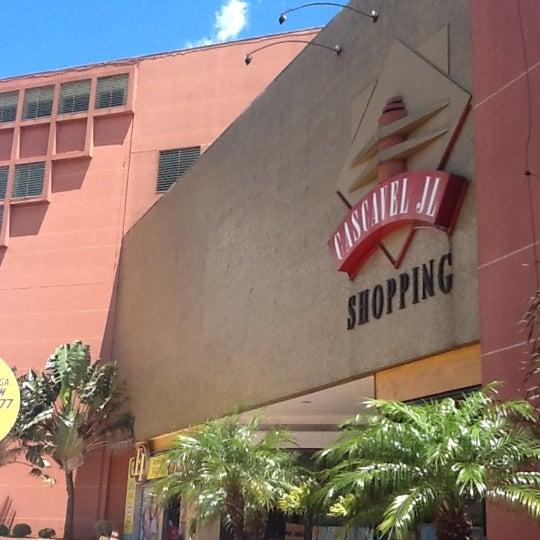 Foto tirada no(a) JL Shopping por Guilherme M. em 3/4/2012