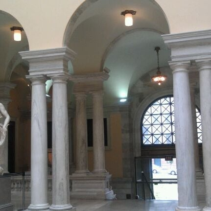 Photo taken at Walters Art Museum by Lin C. on 10/22/2011