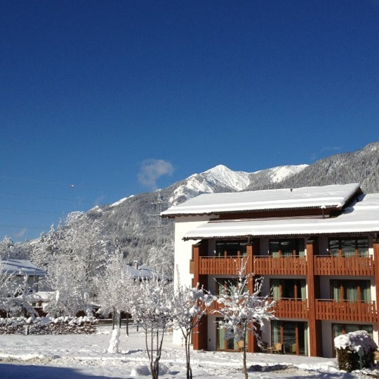 Photo taken at Edelweiss Lodge and Resort by Beth S. on 1/25/2012