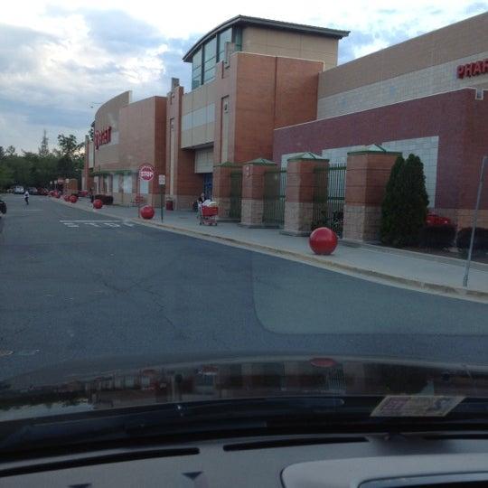 Photo prise au Target par Dave K. le6/7/2012
