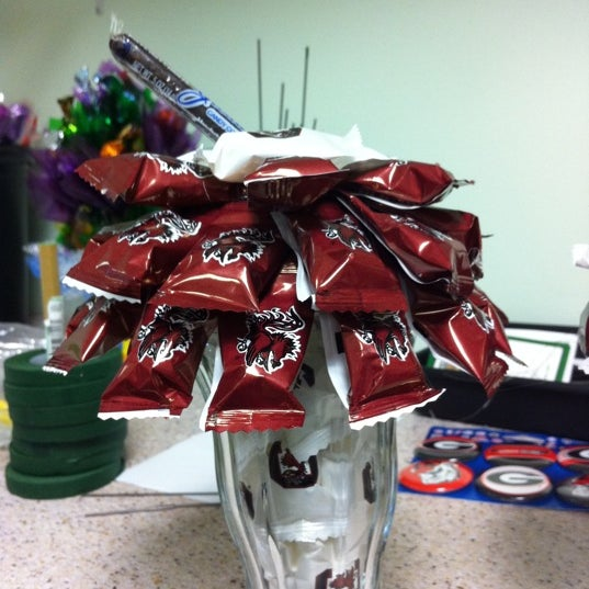 Photo taken at Sugar Shack Candy Bouquet by Melanie B. on 8/18/2011